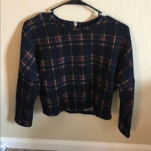 Sweaters - Plaid sweater top